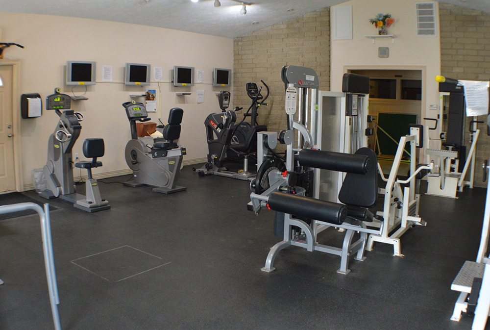 Image of the gym equipment in the therapy room